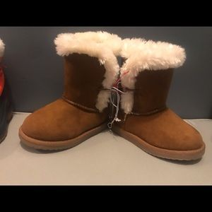 To Cute toddler boots